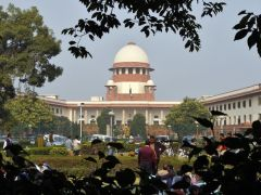Hindu Succession Act: Only daughters claimant..so father can make anyone else heir to property